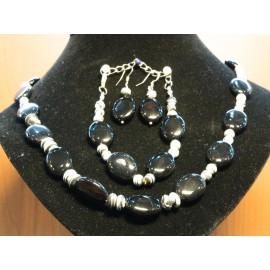 Ónyx - náhrdelník, náušnice, náramok